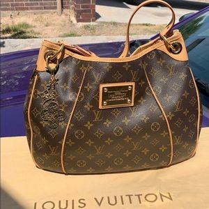 ❤️SOLD  Louis Vuitton galliera pm ❤️